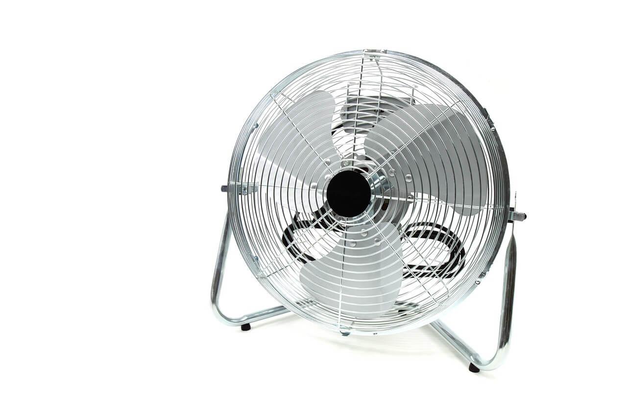 quelles sont les astuces pour bien choisir son ventilateur silencieux reconote. Black Bedroom Furniture Sets. Home Design Ideas